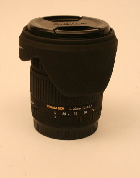 Canon 17-70 mm Side