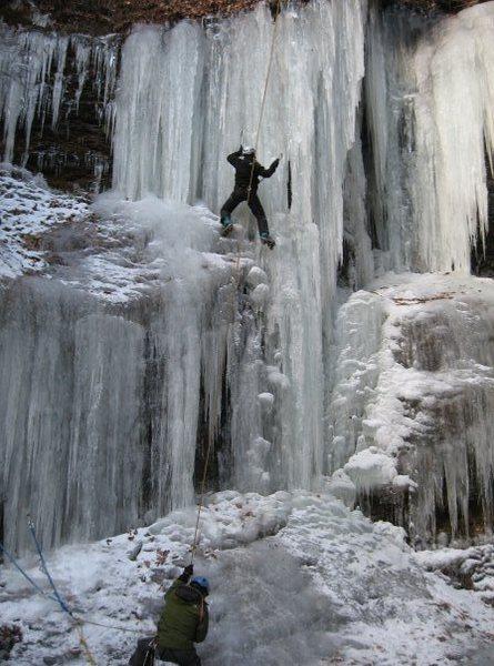 Tanya Chupa climbing Silver Sheet (WI4- Delaware Water Gap)