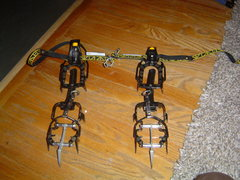 Rock Climbing Photo: Charlet M10 Crampons