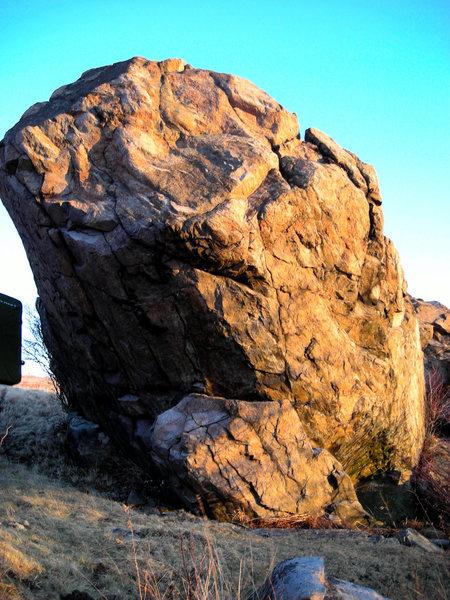 Lonely Boulder<br> Highlands Bouldering Area<br> GHSP, VA<br>