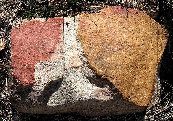 Odd colored rocks.<br> Photo by Blitzo.