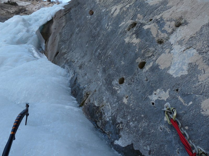 VHMF2010 super fat year.  notice bolted belay and 3 pro bolts next to ice on last pitch.