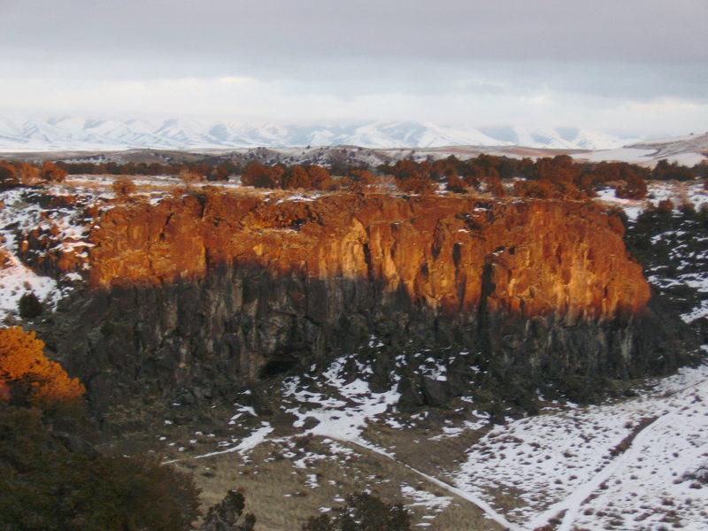Winter sun fading on Eagle Wall