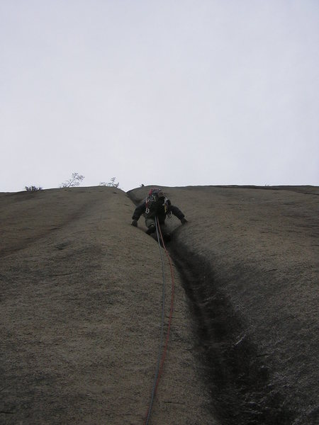 Rock Climbing Photo: Saxfiend leading P2 in chilly conditions.
