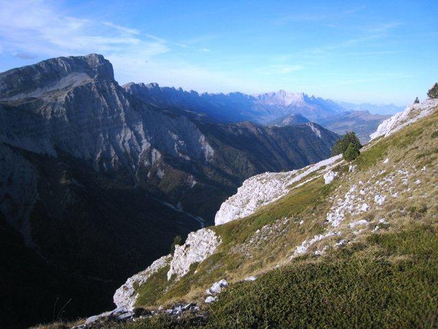Rock Climbing Photo: Mont Aiguille looking towards Le Grand Veymont