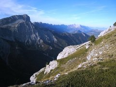 Rock Climbing Photo: Mont Aiguille looking towards Le Grand Veymont