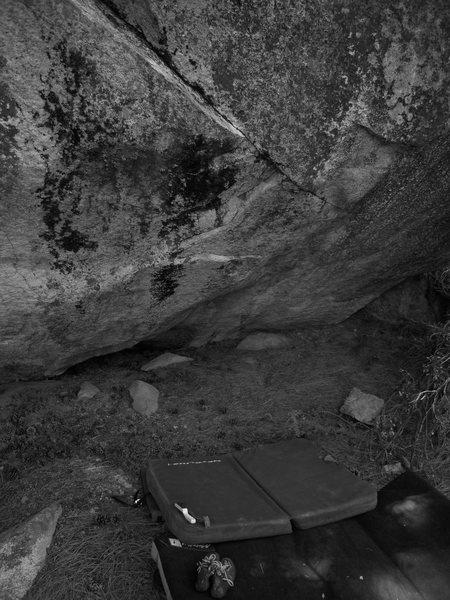 A boulder at Roads End