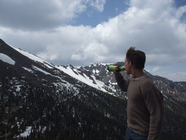 VIctory Beer on Fremont Peak, Katchina Peaks Wilderness in April