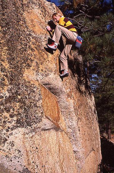 Rock Climbing Photo: Al Dude bouldering on Mama Cat Boulder 1986. Photo...
