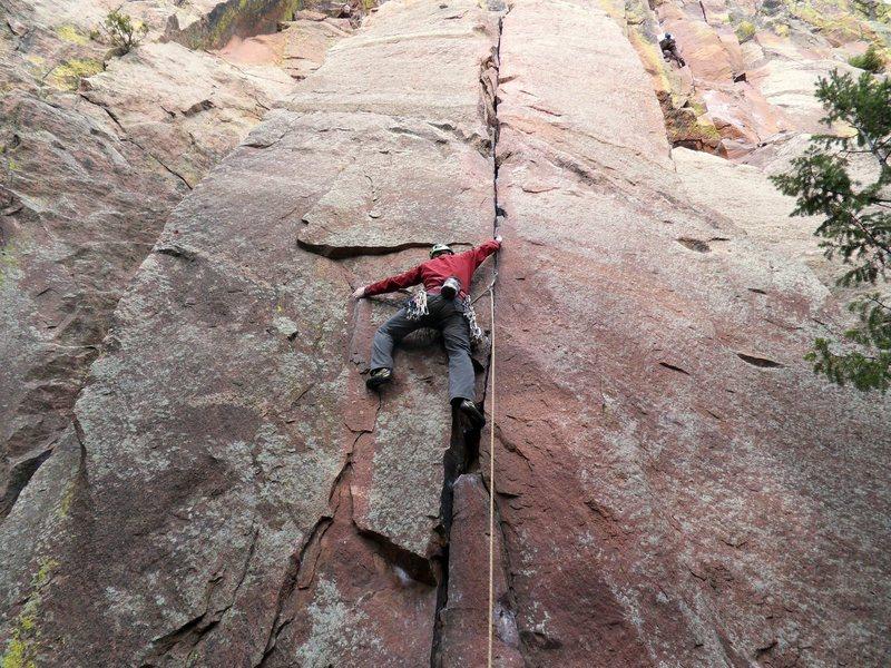 Rock Climbing Photo: Crux fingerlock.