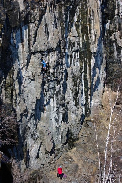 Rock Climbing Photo: Deer Bait in full spring conditions. Adam and Kate...