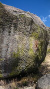 Rock Climbing Photo: The V5, a Tram area classic. (Start hold visible i...