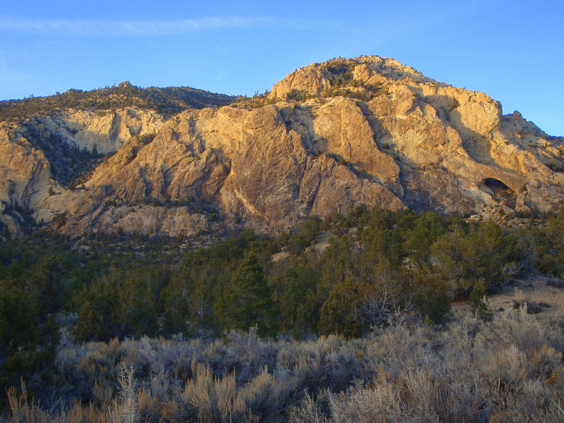 Rock Climbing Photo: The Playground (Rifle Arch can be seen on the Righ...