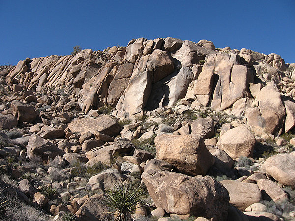 Rock Climbing Photo: Morongo Man Cliffs. Photo by Blitzo.