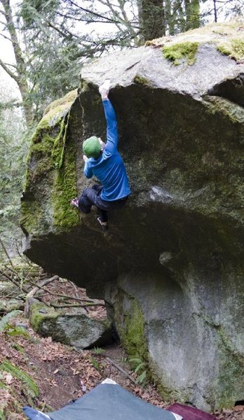 Rock Climbing Photo: Sticking the lip