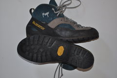 Rock Climbing Photo: La Sportiva Mega w/lug sole sz44