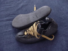 Rock Climbing Photo: Boreal Diablos size 39.5 euro $35 shipped