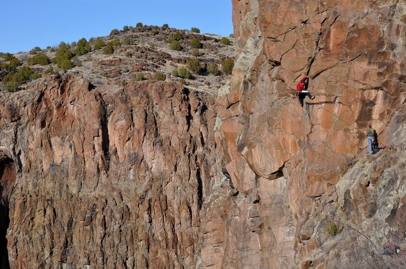 Rock Climbing Photo: Getting into some good hand jams low on the route....