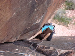 Rock Climbing Photo: Jamming up through the middle section of the Class...