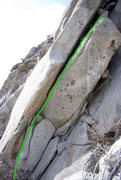 Rock Climbing Photo: Cashmere crack starts at the small finger crack at...