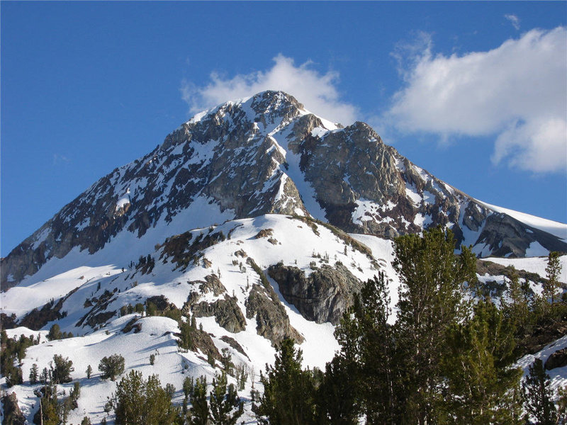 Rock Climbing Photo: Red Slate Mountain from the north.
