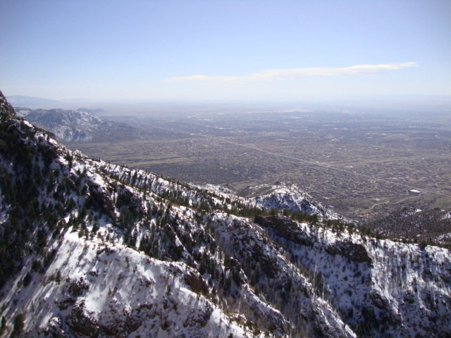 Rock Climbing Photo: View of Albuquerque from 3rd pitch