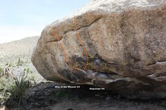 Rock Climbing Photo: Meadow Boulder North West Topo