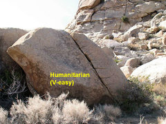 Rock Climbing Photo: Humanitarian (V-easy), Joshua Tree NP