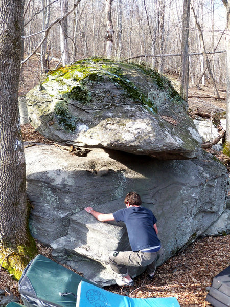 "Rock Climbing Photo: Steve Lovelace on ""Balanced Block Mantle Left..."