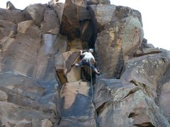 Rock Climbing Photo: Jamming through the early season guano crux on Ora...