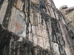 Rock Climbing Photo: Full Tilt follows the black streaks just left of c...