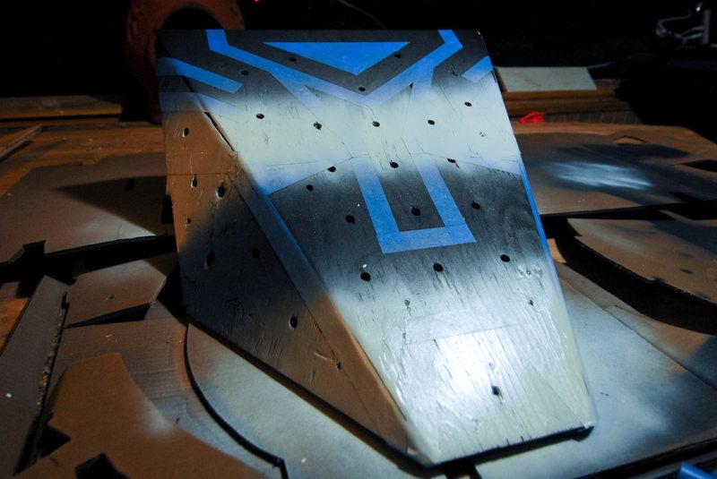 Painting the Optimus climbing volume.