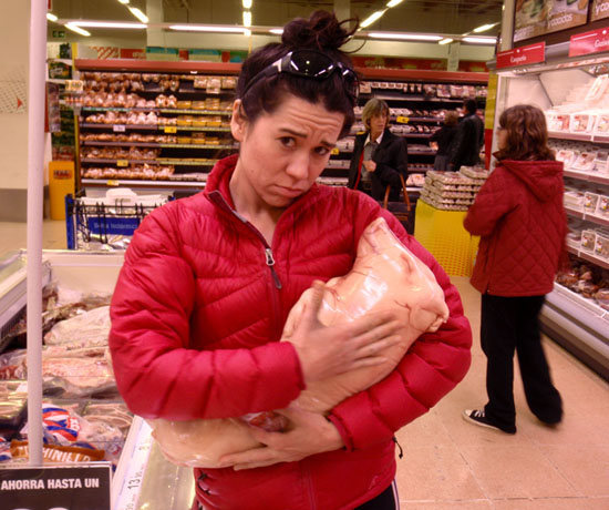 Rock Climbing Photo: Poor PIGGY!!!!  aaaaahhhh......at the market in Sp...