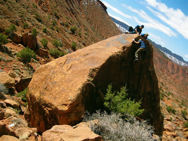 Rock Climbing Photo: One of the many boulders in the valley..