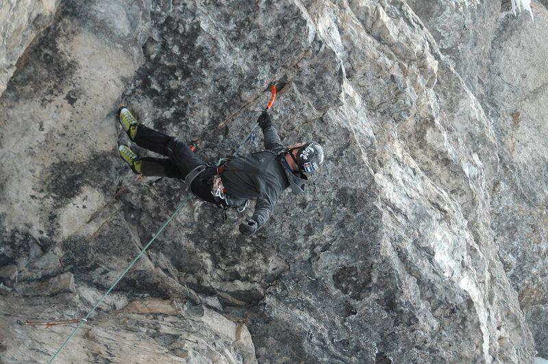 Rock Climbing Photo: Hmmmm....M11? I wonder if'n I should leave that ot...