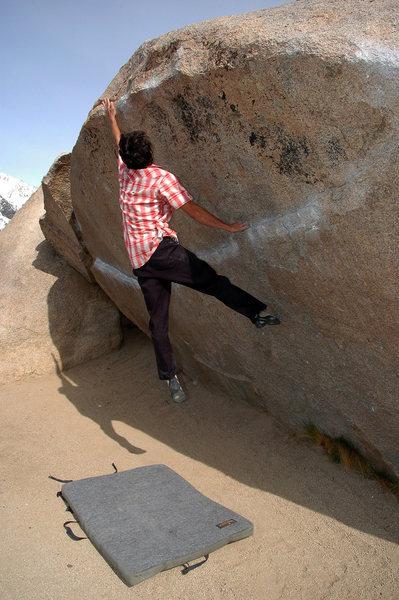 Rock Climbing Photo: Andrew Thomas on 'Iron Fly' v9