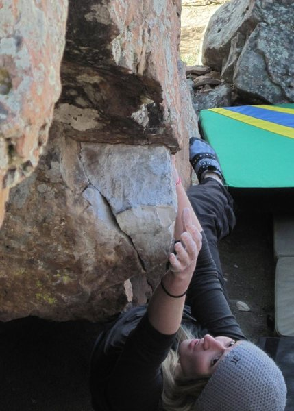 Larissa Hillukka bouldering near Carter Lake.