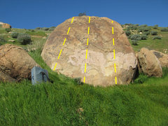 Rock Climbing Photo: Trail side boulder 1
