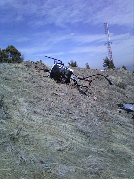 Rock Climbing Photo: Crashed helicopter on Mt Morrison.