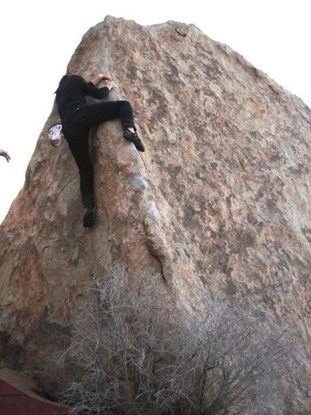 Descent Route(v-easy), Wave Boulder, Joshua Tree