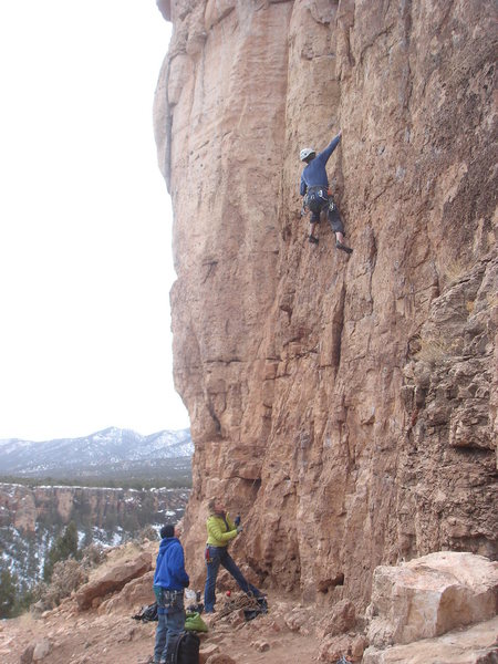 Rock Climbing Photo: Matt leading Don't Be Messin' with Ma Moves in ord...