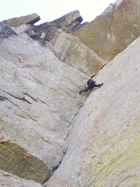 Rock Climbing Photo: Finishing up OZ.  (Tuolomne Meadows)
