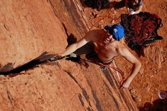 Rock Climbing Photo: APRO crushing Hand Solo.