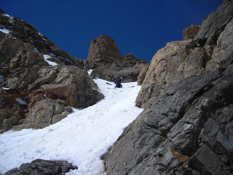 Rock Climbing Photo: Shad drop'n a knee through the crux.