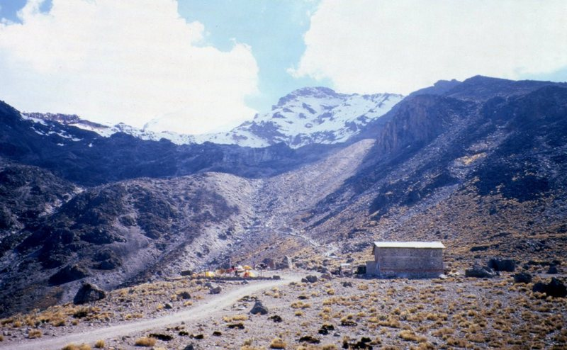 Piedre Grande huts at a little over 14,000 ft. The summit of Orizaba is in the clouds (upper left).