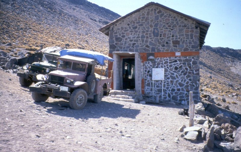 Rock Climbing Photo: Another look at the large hut at Piedre Grande.