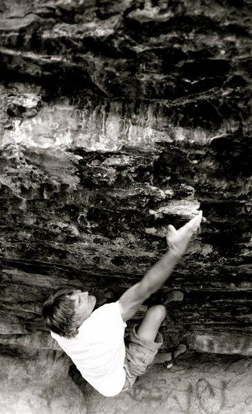 Rock Climbing Photo: Ed Strang on Skinhorse. V7