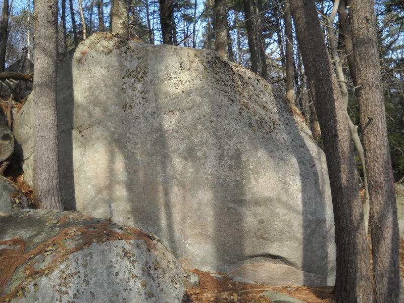 Rock Climbing Photo: You can bailey see the crack but its there