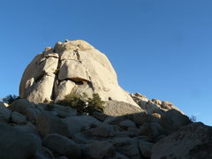 Rock Climbing Photo: Beating Around the Bush goes up the right side of ...