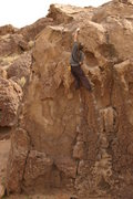 Rock Climbing Photo: Rob Wulff moves above the beautiful spine feature ...